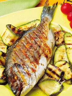 Whole Fish Recipes, Grilled Fish Recipes, Baked Salmon Recipes, Seafood Appetizers, Seafood Recipes, Cooking Recipes, Baked Whole Fish, Italian Seafood Stew, Seafood Risotto