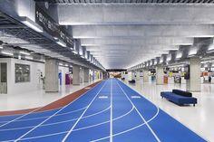 「このターミナルは、LCC専用だからこそ、建築・デザイン面でも徹底したローコスト空港を目指して建設されました」◆成田空港の第3ターミナルはつい走りたくなりそう   roomie http://www.roomie.jp/2015/04/254286/