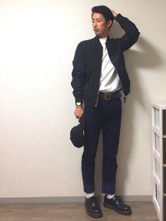 タックイン! 足長効果✨ スキニーではないパンツの裾は幅大きくロールアップでスッキリ。 いいなと思っ