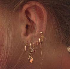 Ear Jewelry, Rose Gold Jewelry, Cute Jewelry, Jewelry Accessories, Jewlery, Jewelry Ideas, Golden Jewelry, Hipster Accessories, Golden Earrings