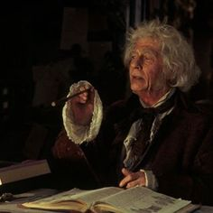 John Hurt Who Has Died Aged 77 Played Garrick Ollivander A Famous Wandmaker In The Harry Harry Potter Film Harry Potter Hermione Granger Harry Potter Films