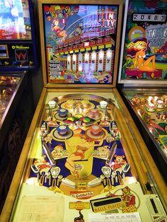 "1970 Sittin Pretty ""Gottlieb "" Pinball Machine"