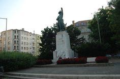 Józef Bem polski generał artylerii, głównodowodzący wojskami węgierskimi podczas Powstania Węgierskiego 1848 - 49 r. (Pomnik w Budapeszcie).