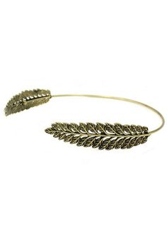Laurel leaf metal headband with an Ancient Greek style. This laurel crown is stunning. It is classic but trendy. If your friends are still wearing flower headbands…show them the newest style now!    Greek Leaf Headband by OORI. Accessories - Hair Accessories New Jersey