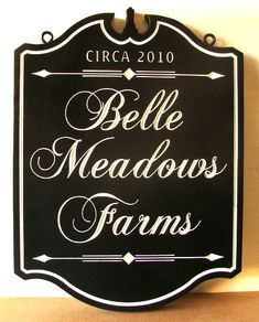 "O24003 - Elegant Engraved Premier Farm Sign with Gold Leaf,""belle Meadows Farm"""