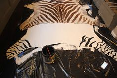 DIY Projects, recipes, and home decorating by My Sweet Savannah. Faux Cowhide Rug, Ways To Relax, Cow Hide Rug, Zebras, Home Deco, Savannah Chat, Diy Tutorial, Animal Print Rug, Thursday