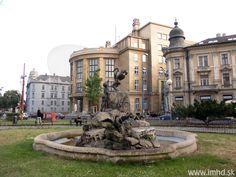 Šafárikovo námestie Bratislava, Home Fashion, Mansions, House Styles, Home Decor, Mansion Houses, Homemade Home Decor, Villas, Fancy Houses