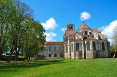 La Basilica di Vézelay è un luogo di pellegrinaggio sul Cammino di Santiago di Compostela  #UnaSettimanaUnSito #ViaggiFrancia #RDVFrance #PatrimonioMondialeUnesco #Unesco