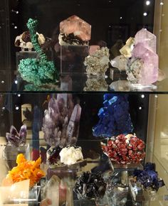 We're getting ready for the Huntsville Gem, Mineral and Jewelry Show October 11-13! Here's an example of some of the great gem and mineral specimens you can see/buy at the show!