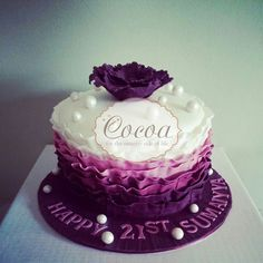 Ruffle ombre cake