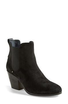 I live in this style boot in the winter! | #sale #nordstromsale @nordstrom