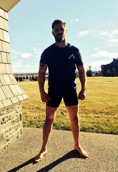 mynewplaidpants:  Tom Hardy's still not wearing any pants, you guys (Tom Hardy should never wear pants again, you guys)