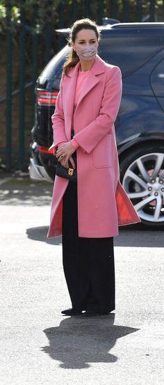 Kate Middleton Family, Kate Middleton Style, Prince William And Kate, William Kate, Meghan Markle Race, Duchess Of Cornwall, Duchess Of Cambridge, Duchess Kate, Duke And Duchess