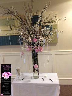 Glass Vase, Trees, Beautiful, Home Decor, Homemade Home Decor, Wood Illustrations, Decoration Home, Wood, Interior Decorating