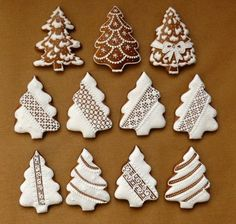 christmas cookies gingerbread Weihnachtspltzchen V - christmascookies Cute Christmas Cookies, Christmas Biscuits, Christmas Deserts, Christmas Gingerbread House, Iced Cookies, Noel Christmas, Christmas Goodies, Cookies Et Biscuits, Holiday Cookies