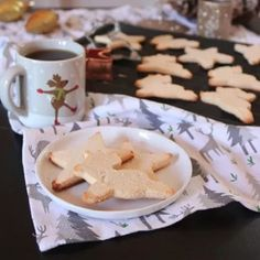 Vegan Keto Sugar Cookies by Meat Free Keto    What says holiday season more than cookies shaped like reindeers, stars or snowmen? Lucky for us, Liz has a perfect 4-ingredients Vegan Keto Sugar Cookies recipe that is nut-free, gluten-free, and grain-free. And you can get creative with a frosting of your choosing to give those bad boys that special festive feeling. So take out your cookie cutters and go nuts!    https://vegancookbook.com/advent-recipes/