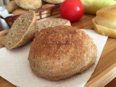 CH csökkentett zabpelyhes zsemle - dagasztás nélkül | mókuslekvár.hu How To Make Bread, Food To Make, Focaccia Pizza, Ring Cake, Cornbread, Healthy Life, Bakery, Food And Drink, Rolls