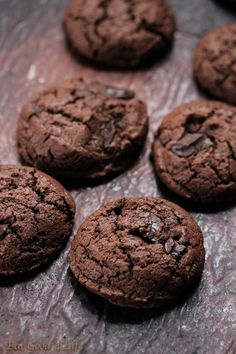 Gluten free double chocolate chunk cookies Eatgood4life.com These is my favorite gluten free cookie recipe. I used brown rice flour but you can use any gluten free flour mix. #glutenfree #chocolate #cookies