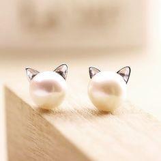 Pearl Cat Earrings New Fashion Simulated Pearl Cat Stud Earrings for Women Animal Earrings Jewelry Pendientes Brincos Jewelry Earrings Pearl Stud Earrings, Cute Earrings, Sterling Silver Earrings, Pearl Studs, Animal Earrings, Flower Earrings, Beautiful Earrings, Earrings Uk, Diamond Earrings