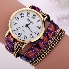abccc62a088 Náramkové hodinky Geneva zlaté barvy s fialovým páskem Na tento produkt se  vztahuje nejen zajímavá sleva