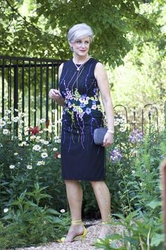 marks and spencer summer in the city - Summer Dresses 60 Fashion, Older Women Fashion, Over 50 Womens Fashion, Fashion Over 50, Hijab Fashion, Autumn Fashion, Fashion Looks, Fashion Tips, Fashion Today