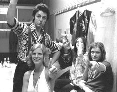 Paul and Linda McCartney, Denny Laine, Denny Siewell and Henry McCullough during their backstage interview at Offenbach's Stadhalle (Germany) after finishing a show on July Copyright © Stars. Paul Mccartney Beatles, Paul Mccartney And Wings, Rock Roll, Denny Laine, Linda Eastman, Wings Band, Band On The Run, Beatles Love, Anos 60