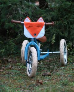 Sew instructions for a bike bag yourself. Sew the cute fox bag for the balance bike or puky yourself (suitable for beginners😃) # sew for children # sewing instructions Sew a bike bag yourself - Instructions for a bike bag Faminino Crochet Bracelet Pattern, Crochet Mat, Wire Crochet, Crochet Blanket Patterns, Knitting Projects, Sewing Projects, Wire Jewelry Patterns, Finger Crochet, Fox Bag
