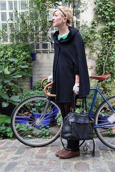 Ariane and her fixie, vintage frame build, (cadreur français inconnu, Vélorama et l'Atelier Des Vélos) l Photo by The Bikerist l www.thebikerist.com