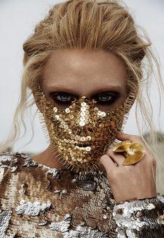 thumbtacks-metallic-face-makeup-avant-garde.jpg (1032×1500)