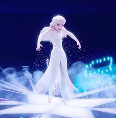 That transformation 😍 Disney Princess Cartoons, Fantasia Disney, Princess Movies, Disney Princess Frozen, Disney Princess Pictures, Disney And Dreamworks, Frozen Wallpaper, Cute Disney Wallpaper, Frozen Art