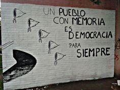 La FULP también hará un reconocimiento a las Madres de Plaza de ... Ernesto Che, Free Mind, Robert Doisneau, Morning Messages, Truth Hurts, Power Girl, Social Work, Old Photos, Chile