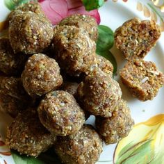 Linseed Pinni Laddoo Energy Balls - Flax Farm | Linseed Oil for your well-being.
