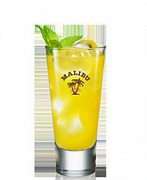 Malibu Passion Toblerone, Triple Sec, Frappe, Bellini, Rum, Shot Glass, Food And Drink, Passion, Yellow