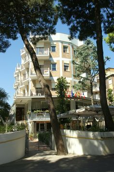 Hotel Antares - the frontside