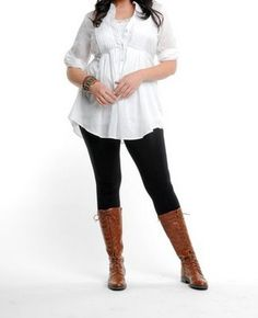 Love this entire look from http://size14andup.blogspot.com/2009/07/plus-size-leggings-they-are-hot-and.html