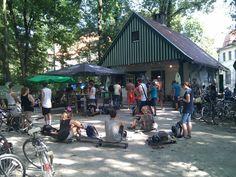 Fräulein Grüneis der Kiosk am Eisbach im Englischen Garten. Empfehlung von HIP HIT HURRA! Imbiss, Kaffee, essen, trinken, feiern
