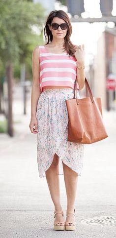 Floral Spring and Summer Trends. Stitch fix inspiration April 2017. Try stitch fix subscription box :) It's a personal styling service! 1. Sign up with my referral link. (Just click pic) 2. Fill out style profile! Make sure to be specific in notes. 3. Schedule fix and Enjoy :) There's a $20 styling fee but will be put towards any purchase! #Stitchfix #Sponsored #Fashion