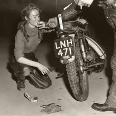 Triumph Motorcycles, Vintage Motorcycles, Girls On Motorcycles, Triumph Tiger, Vintage Biker, Motorcycle Style, Motorcycle Girls, Motorcycle Quotes, Motorcycle Helmets