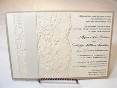 JANET1 Lace Wedding Invitation Invite Vintage por LavenderPaperie1