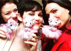 Emilie De Ravin: There once were 3 ladies, three ladies with mice...but balletic, not blind... Lana Parrilla, Ginny Goodwin #OUAT