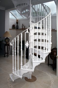 Victorian Spiral Stair with Victorian Balusters and an Ornate Infill Feature Baluster