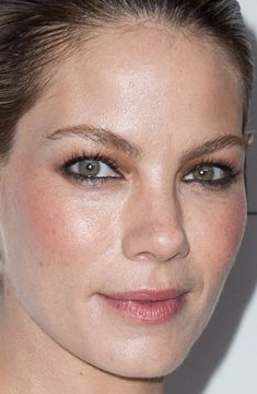 Close-up of Michelle Monaghan at the 2014 ELLE Women in Hollywood Awards. http://beautyeditor.ca/2014/10/26/elle-women-in-hollywood-2014