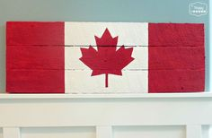 DIY / How-to a Canada flag pallet sign tutorial at thehappyhousie. O Canada! Pallet Flag, Pallet Art, Pallet Signs, Diy Pallet Projects, Pallet Wood, Wood Projects, Pallet Ideas, Barn Wood, Old Pallets