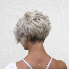 Soft curls by Elena Gatzios