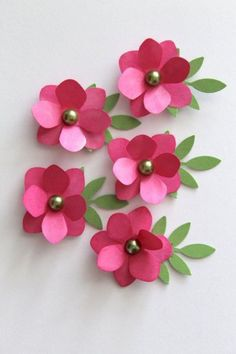 Try in white DIY - Handmade Hot Pink Paper Flowers make your own creative cards already! How To Make Paper Flowers, Paper Flowers Diy, Handmade Flowers, Flower Cards, Fabric Flowers, Diy Cadeau Noel, Paper Crafts, Diy Crafts, Flower Template