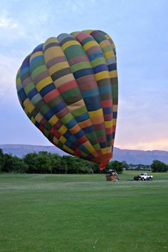 Hot air balloon through Hartebeespoort, South Africa - Simply Simone