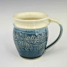 Carved Leaf Round Mug in Shadow Blue and White 14 oz.