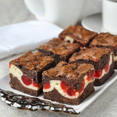 Cherry Cheesecake Brownies - an outstanding soft chewy brownie with a cheesecake centre that gets sweet glacé cherries baked into it. Two favourites in one! Pound Cake Recipes, Brownie Recipes, Cookie Recipes, Dessert Recipes, Desserts, Candy Recipes, Chewy Brownies, Cheesecake Brownies, Cheesecake Bites