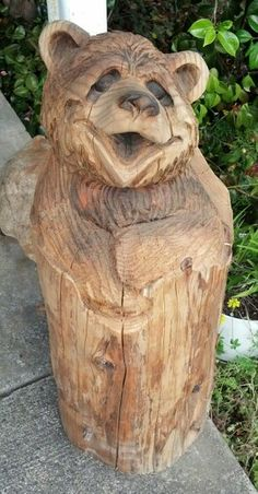 Chainsaw carving - Reedsport, OR