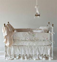Bella Notte Linens| Gwen Baby Blankets